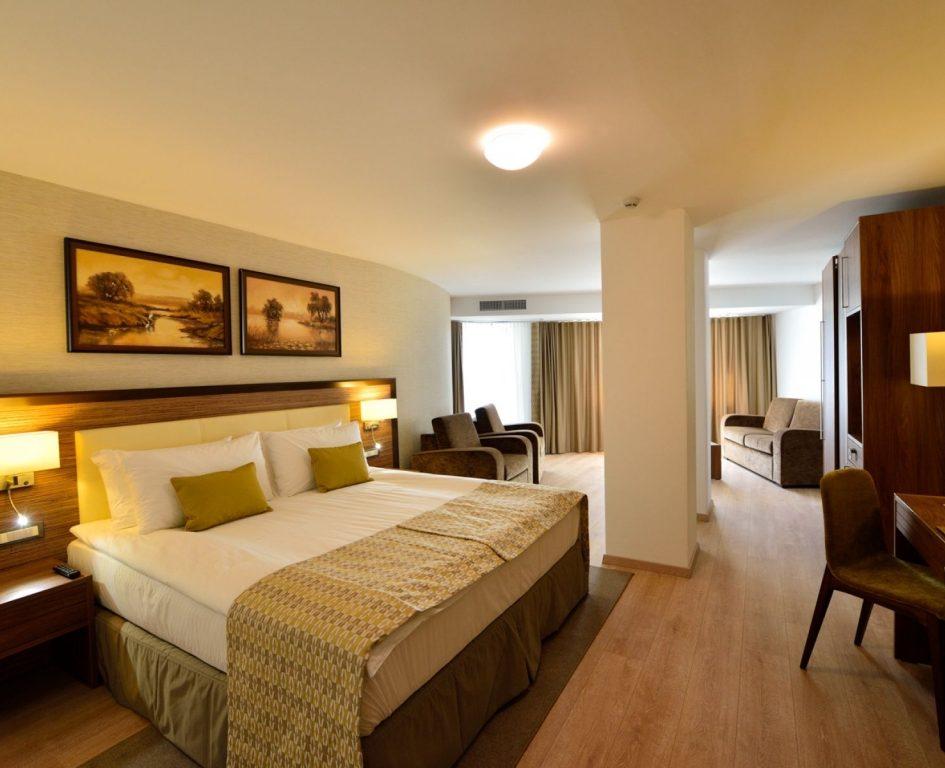 001.-Hotel-Egreta-4-stele-Dunavatu-de-Jos.jpg