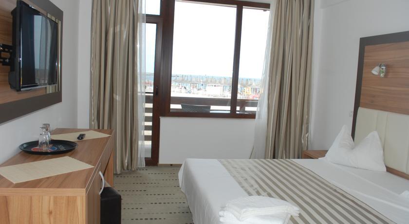 0171.-Camera-hotel-Laguna-Mangalia.jpg