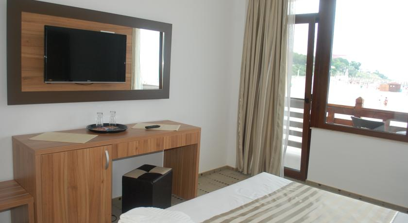 0172.-Camera-hotel-Laguna-Mangalia.jpg